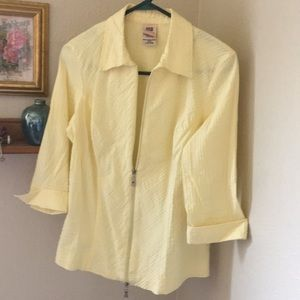 Size 12/14 large yellow summer top jacket